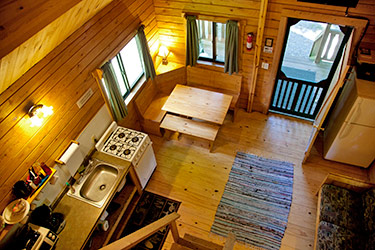 ... Brookside Log Cabins W/ Satellite TV Interior